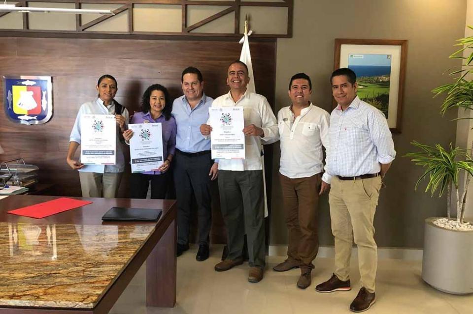 """Entrega SETUES distintivo """"Código de  Conducta Nacional"""" en Los Cabos"""