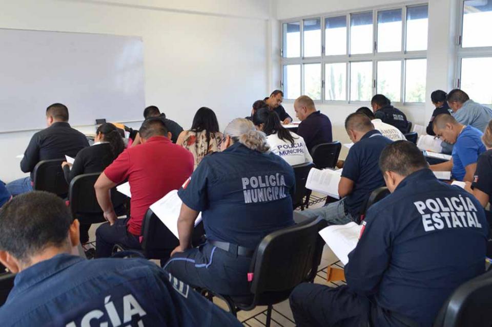 Buscan Policías Estatales certificarse como Técnicos Superiores Universitarios en Seguridad