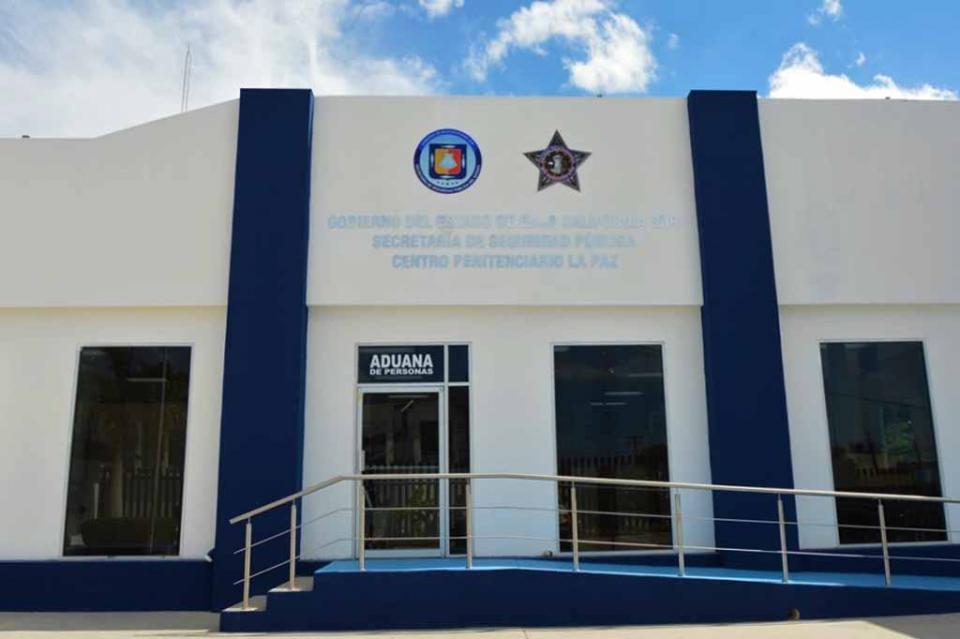 Presentan a elementos de la PEP reglamento del servicio profesional de carrera policial