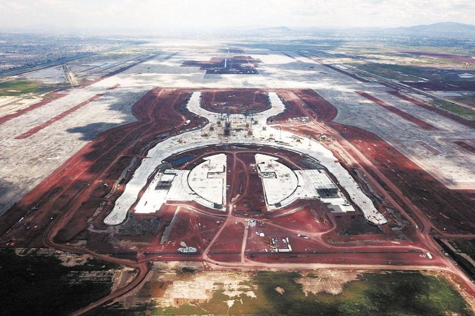 Acción desafortunada consulta ciudadana y los resultados para el tema del nuevo aeropuerto de la CDMX, coinciden Canaco y Canacintra