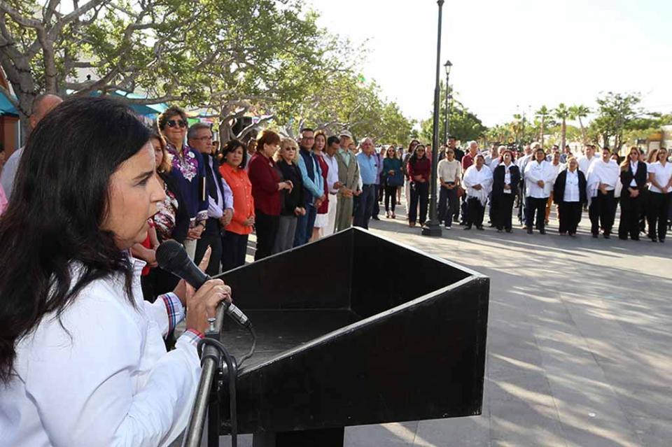 Ceremonia Cívica alusiva a la a la conmemoración del Día Internacional de la Eliminación de la Violencia contra las Mujeres