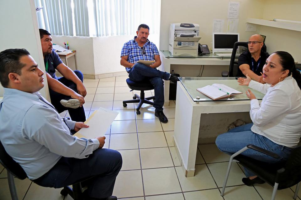 Capacitan a personal de Ejecución Fiscal para mejorar el servicio al contribuyente