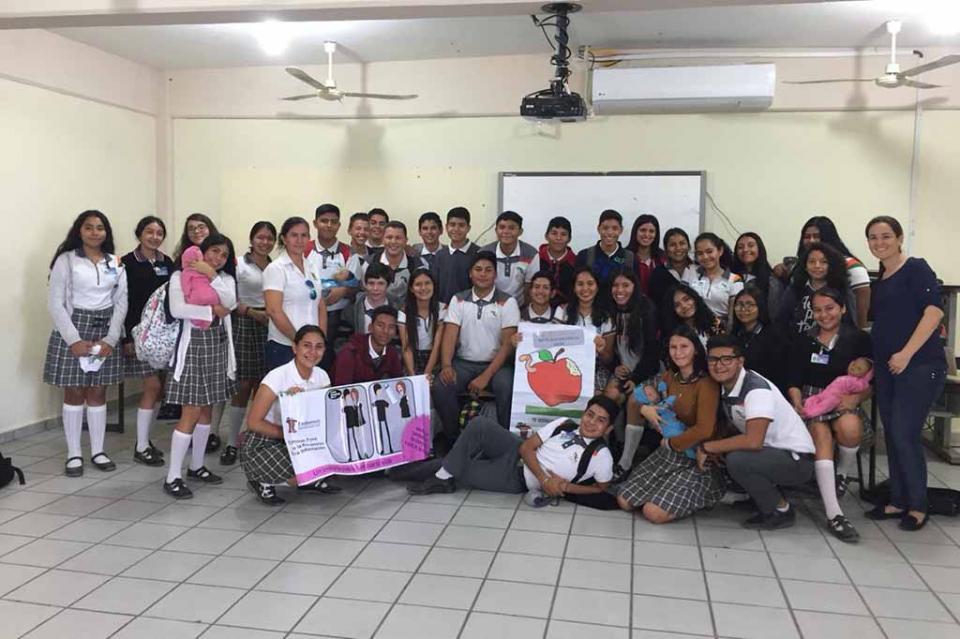 Lleva DIF Los Cabos pláticas sobre sexualidad responsable dirigidas a jóvenes