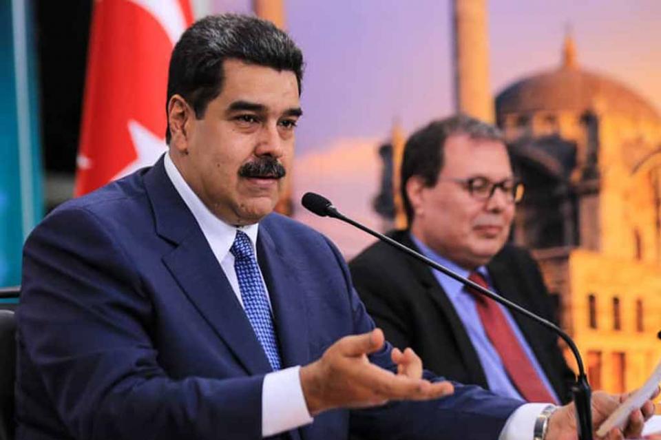 Maduro acusa a paramilitares colombianos de incidente en frontera