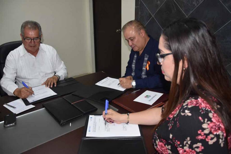 """Clausura ICATEBCS curso """"Menús Navideños Tradicionales"""" en DIF 8 de Octubre"""