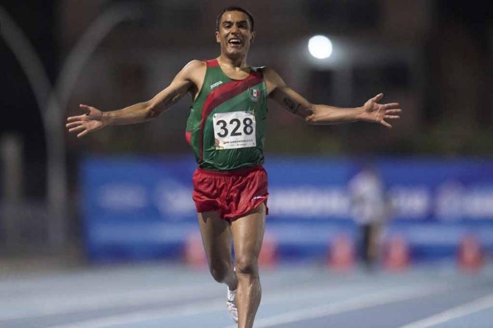 Juan Luis Barrios asiste al Medio Maratón de Loreto