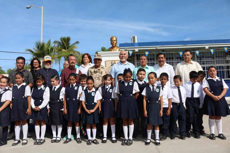 """Celebra SEP 50 Aniversario de escuela primaria """"Fernando Jordán Juárez"""""""