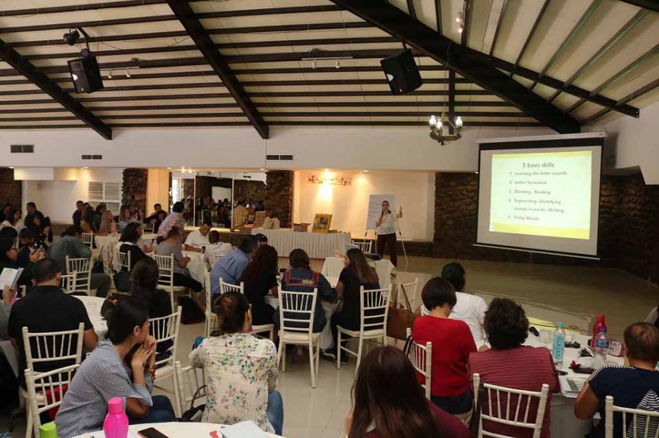 Fortalece SEP a docentes sudcalifornianos de preescolar y primaria en el idioma inglés