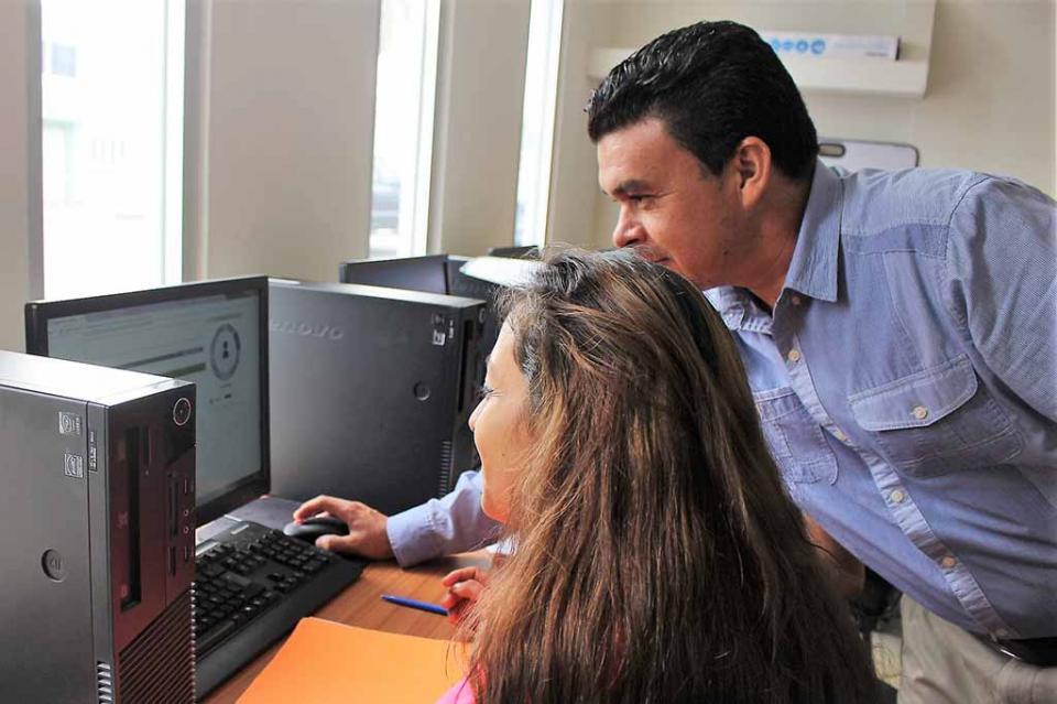 Ofrece Secretaría del Trabajo atención personalizada a buscadores de empleo