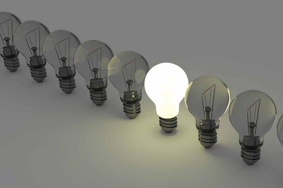 Mexicanos apagan la luz para ahorrar energía