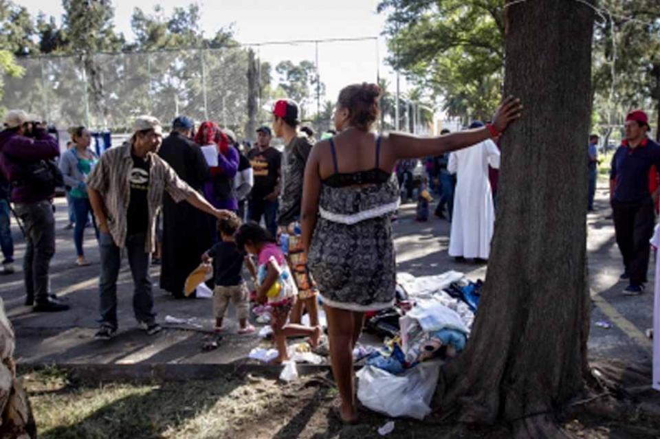 Policía capitalina resguarda estancia y llegada de migrantes