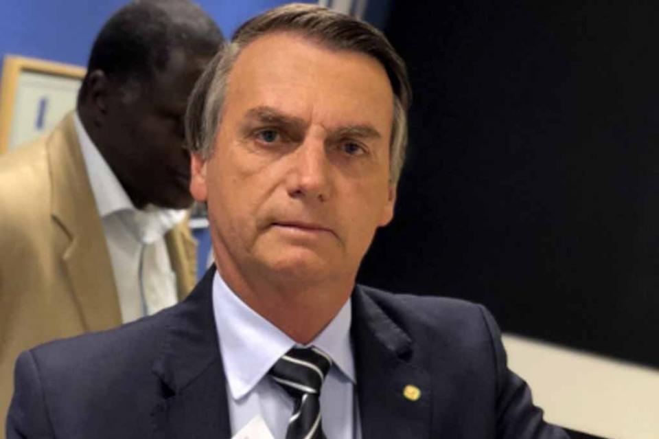 Bolsonaro deja fuera de su primera rueda de prensa a diarios brasileños