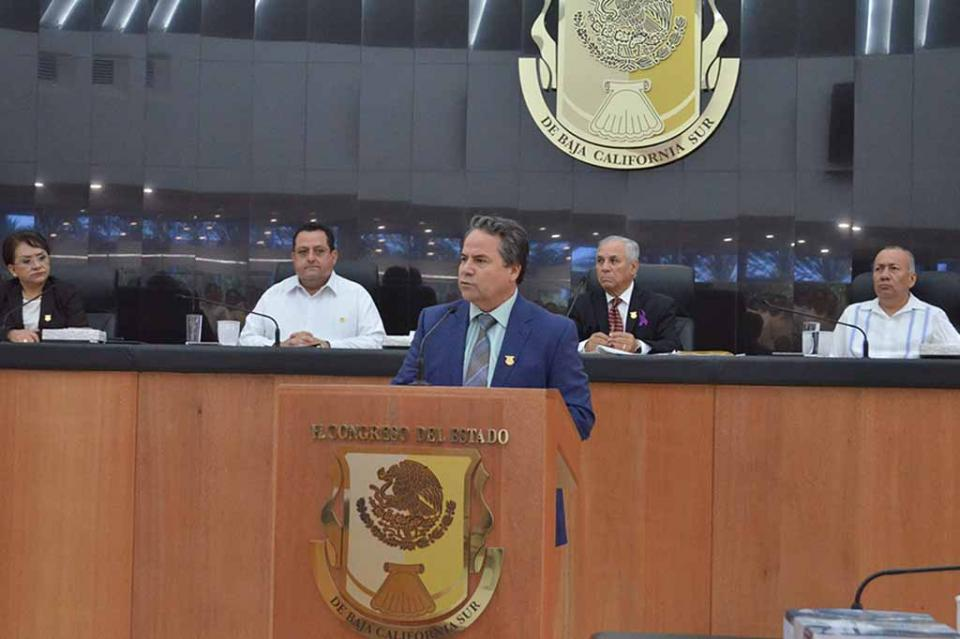 Hoy más que nunca a Sociedad de Baja California Sur debe de recibir los beneficios de la alternancia política: Diputado Ramiro Ruiz Flores