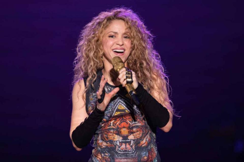 """Califica Shakira de """"milagro médico"""" el volver a cantar"""