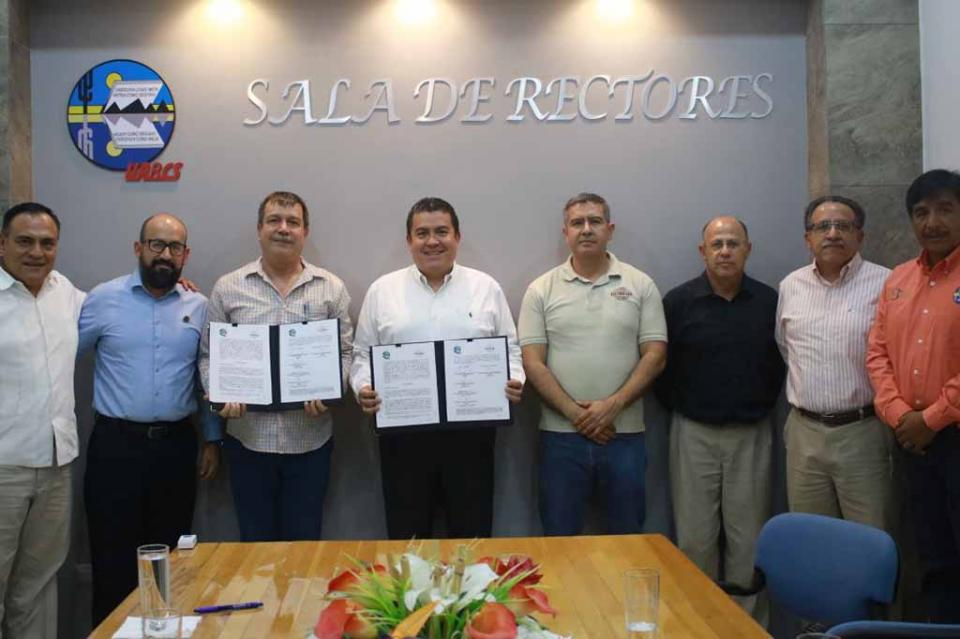 Se vincula UABCS con reconocida empresa local de productos agrícolas