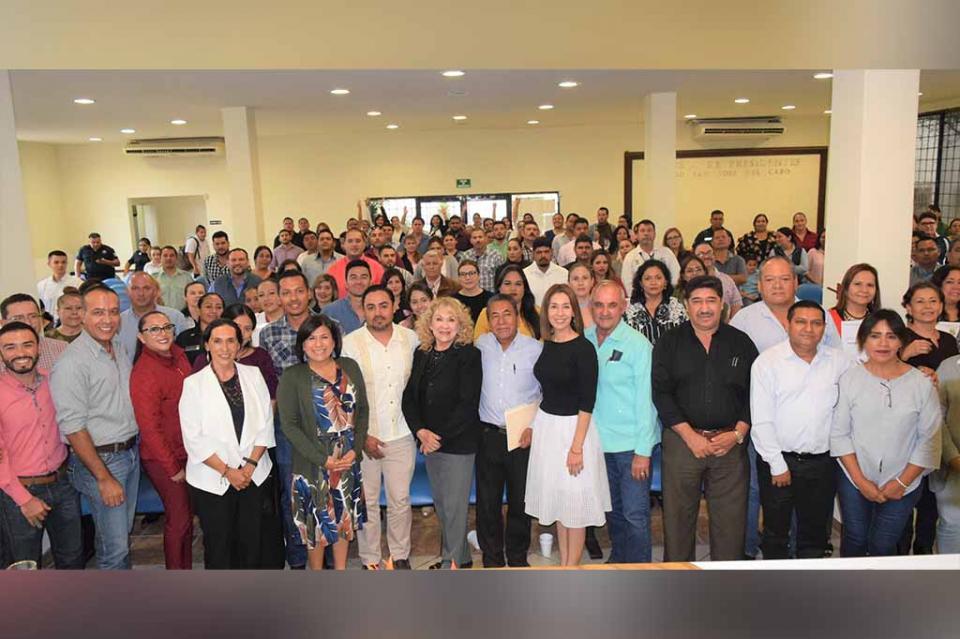 Toman protesta 125 enlaces de género del Instituto de las Mujeres del municipio de Los Cabos
