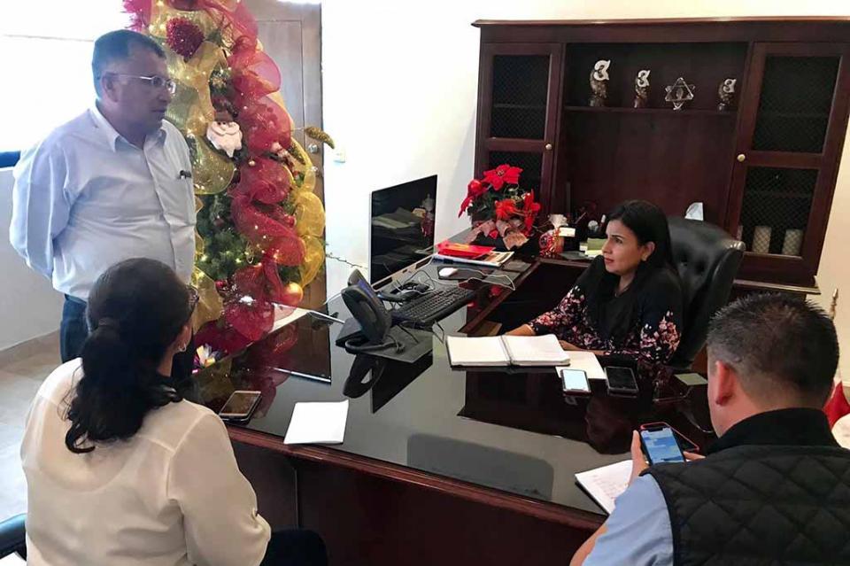 Trabaja alcaldesa en problemáticas y soluciones por las familias de CSL