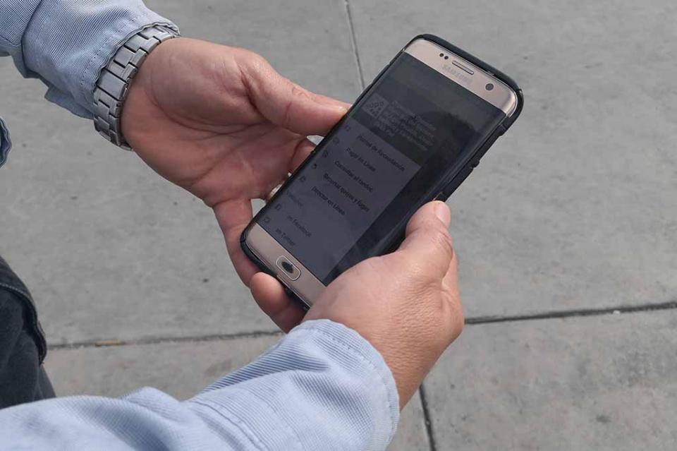 Ahora con la aplicación móvil y la página web del OOMSAPAS de La Paz todo es  más fácil
