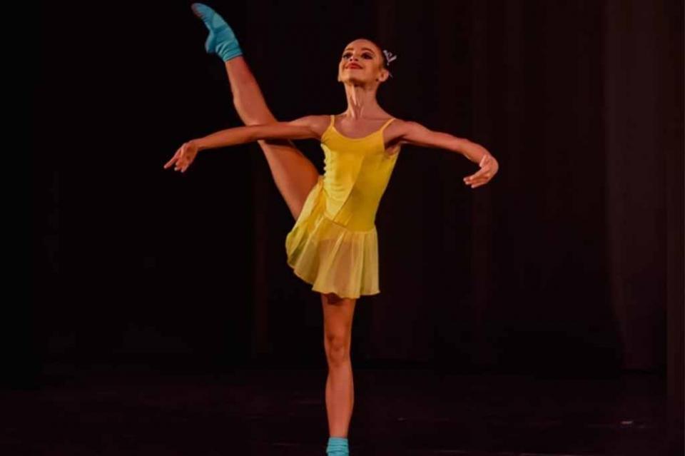 Logra la niña Grace Sánchez de Los Cabos medalla de bronce en Concurso Internacional de Danza 2018: Claudia Bandín