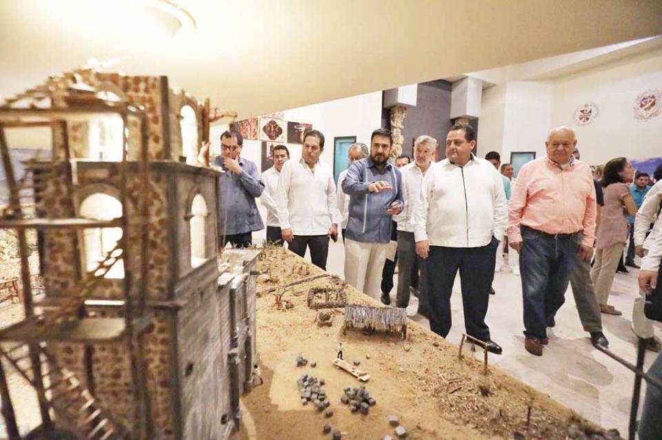 Entrega gobernador dos edificios a la Universidad Tecnológica de La Paz