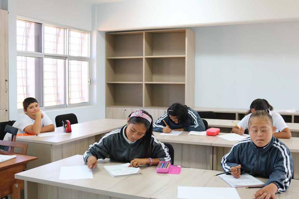 Promueve gobierno estatal educación especial inclusiva y de calidad por medio de becas y mejor infraestructura: SEP