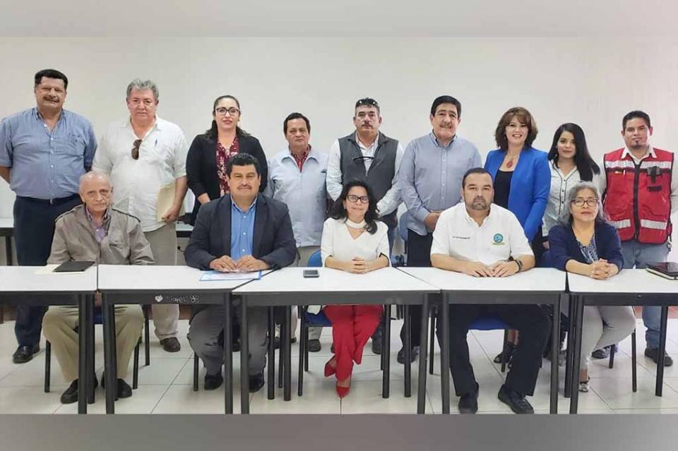 Refrenda SEP convenios de colaboración a organismos colegiados de profesionistas