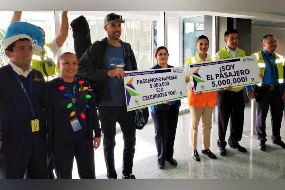 Rompe Los Cabos nuevo record de pasajeros