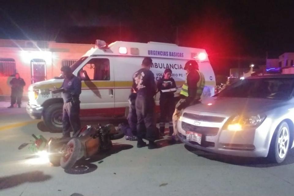 Motociclista sale lesionado en choque contra auto en La Paz