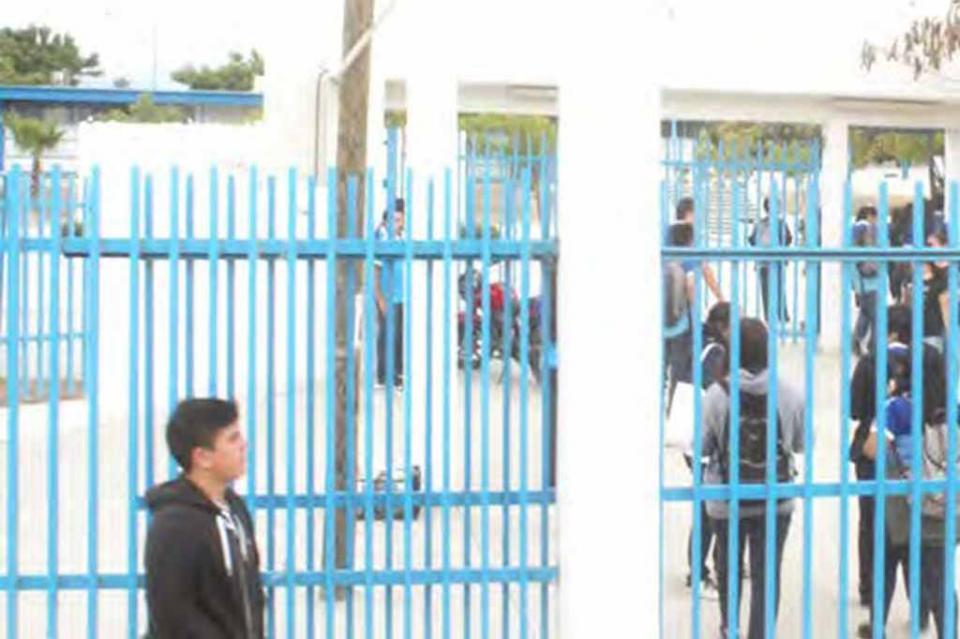 Insuficientes los recursos del Programa Escuelas al Cien: ISIFE