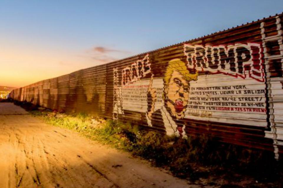 Tema del muro fronterizo no es parte de conversaciones México-EUA Ebrard