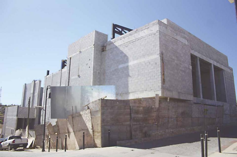 """Que no haya """"mano tibia"""" y autoridades municipales aclaren porqué las deficiencias en la construcción del Teatro de la Ciudad: Hipólito Ceseña"""