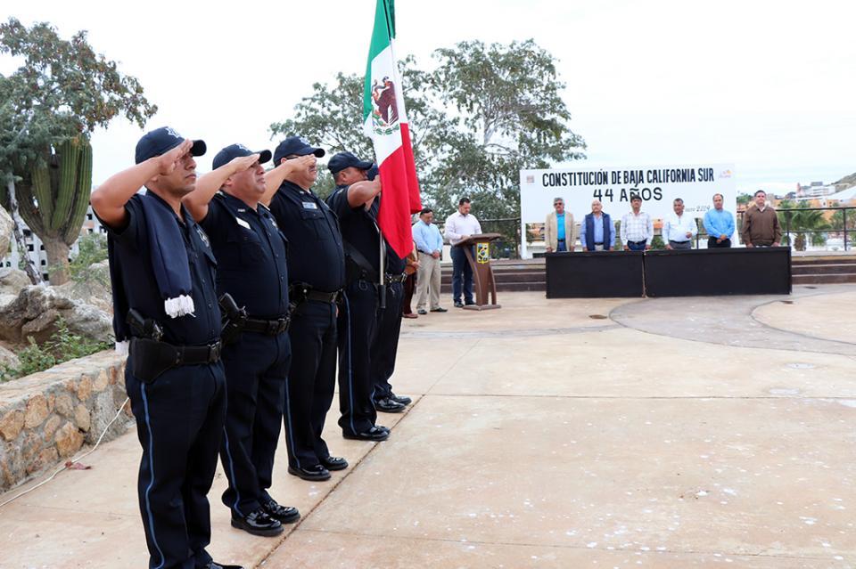 La delegación de Cabo San Lucas conmemoró el 44 Aniversario de la Constitución de Baja California Sur