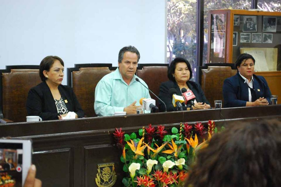 Se integró en el Congreso del Estado  la comisión Especial de Seguimiento a la investigación de la muerte del periodista Rafael Murúa
