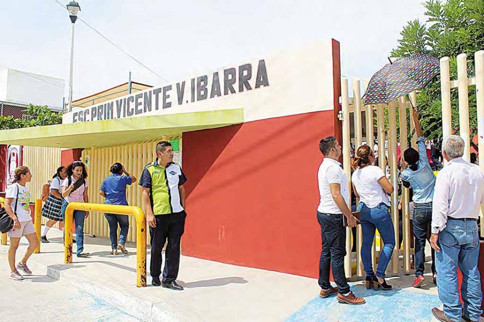 Proyecta SEP crecimiento en demanda educativa de un 10% para el periodo de preinscripciones en febrero: René Hernández