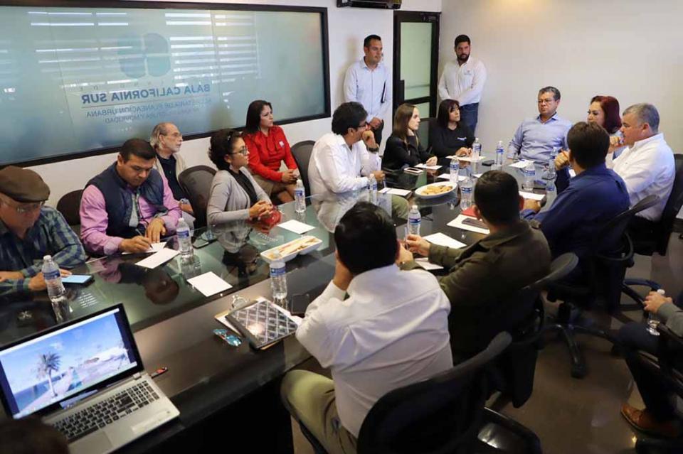 Instalan Comité de Contraloría Social del Malecón costero de La Paz