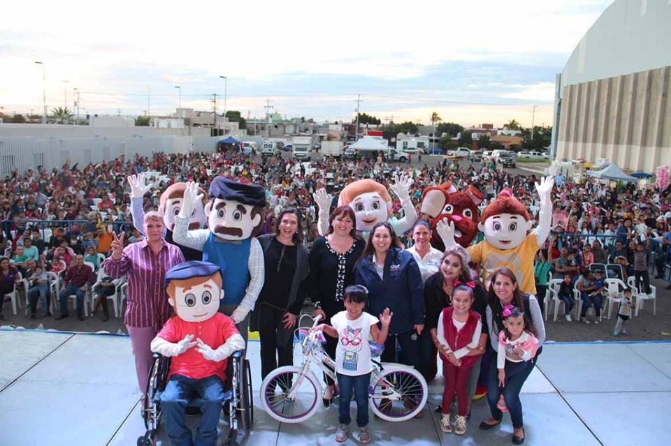 Alegría y diversión en el cuarto Festival de Día de Reyes 2019 en La Paz