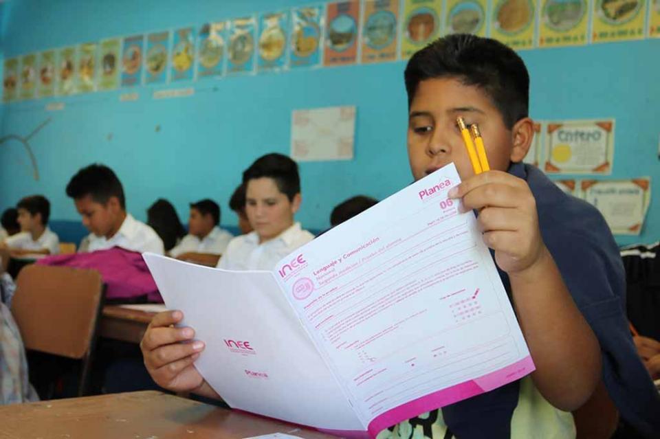 Capacitarán SEP e INEE docentes para mejorar resultados de PLANEA en primaria