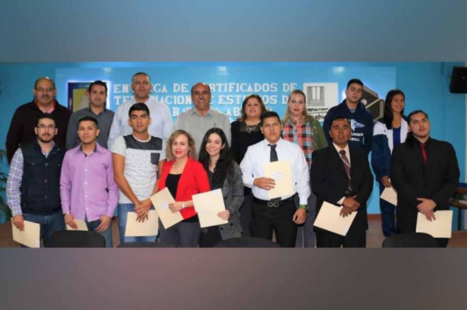 Preparatoria abierta rebasa meta de entrega de certificados en 2018: SEP
