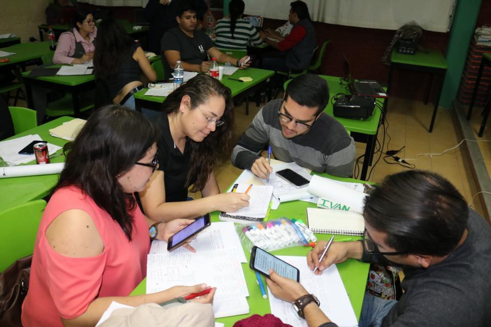 Capacita SEP maestros de inglés para mejorar atención de más de 80 mil alumnos de BCS