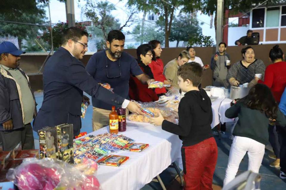 Realizó SEPUIM Festejo de Día de Reyes en parque FOVISSSTE