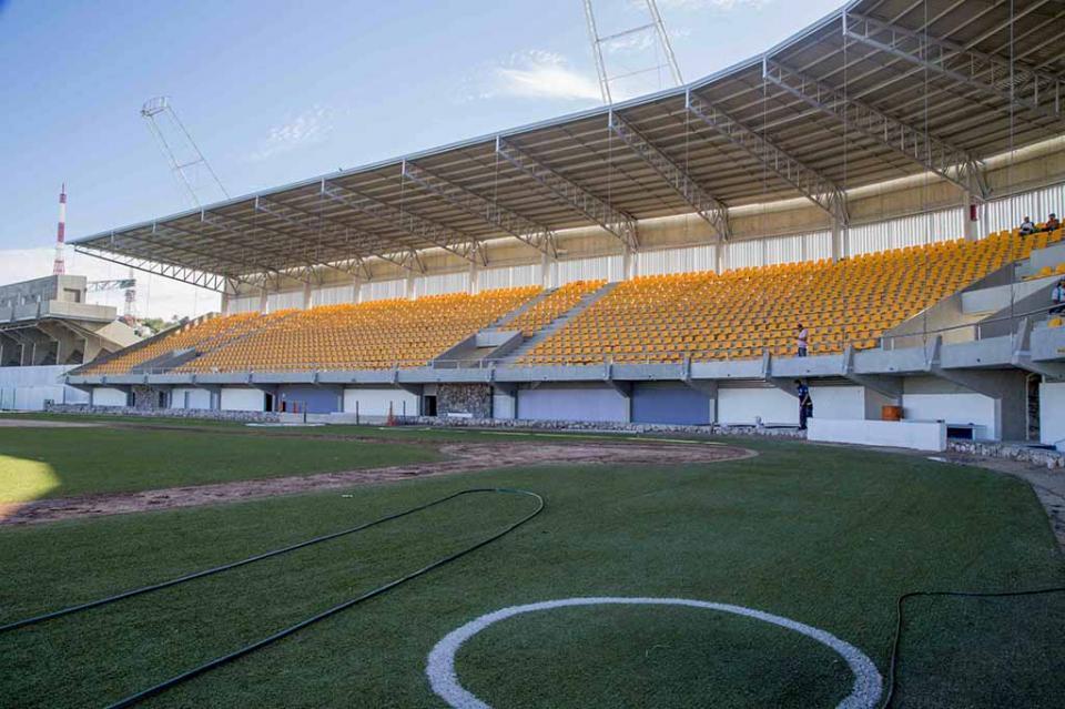 Avanzan trabajos en el Estadio Arturo C. Nahl