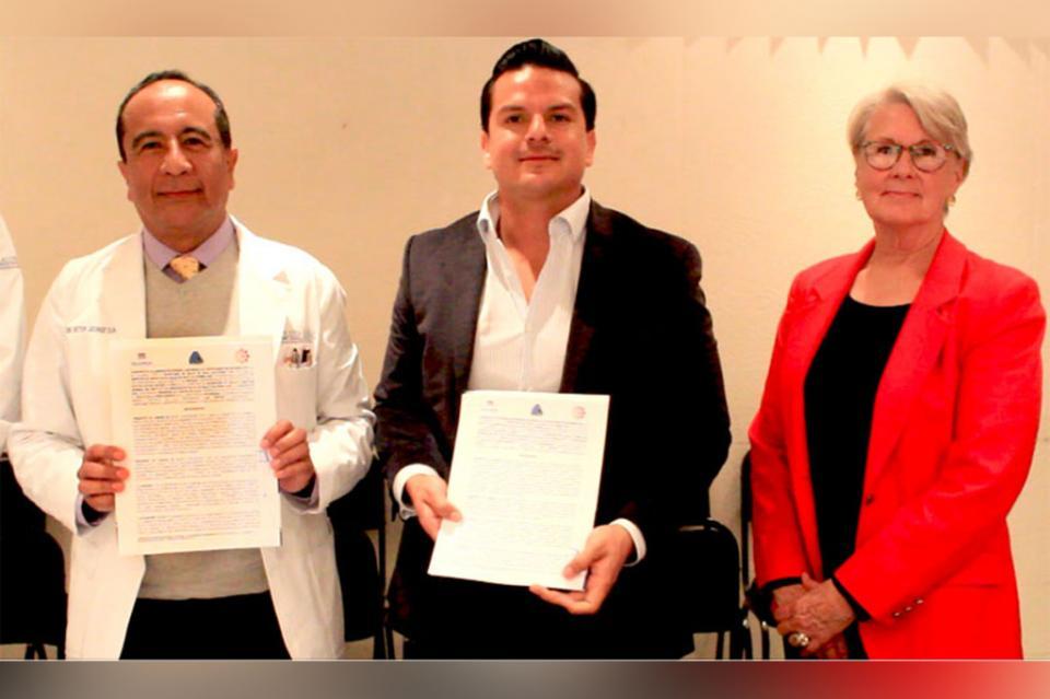 Salud firma convenio para establecer Registro estatal de Cáncer