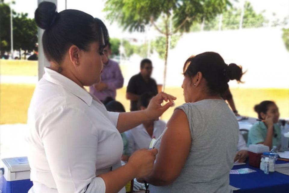 Salud reitera el llamado a la población para aplicarse la vacuna contra la influenza