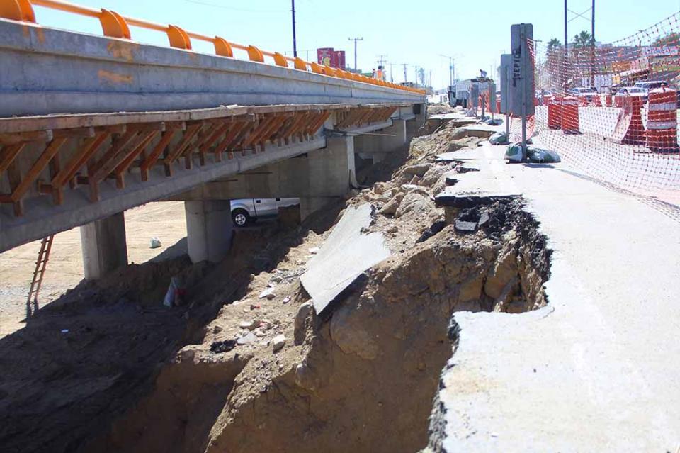 Concluirá esta semana puente en vado Santa Rosa: Colegio de Ingenieros