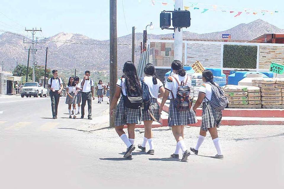 Hoy regresan a clases 95 mil alumnos en Los Cabos