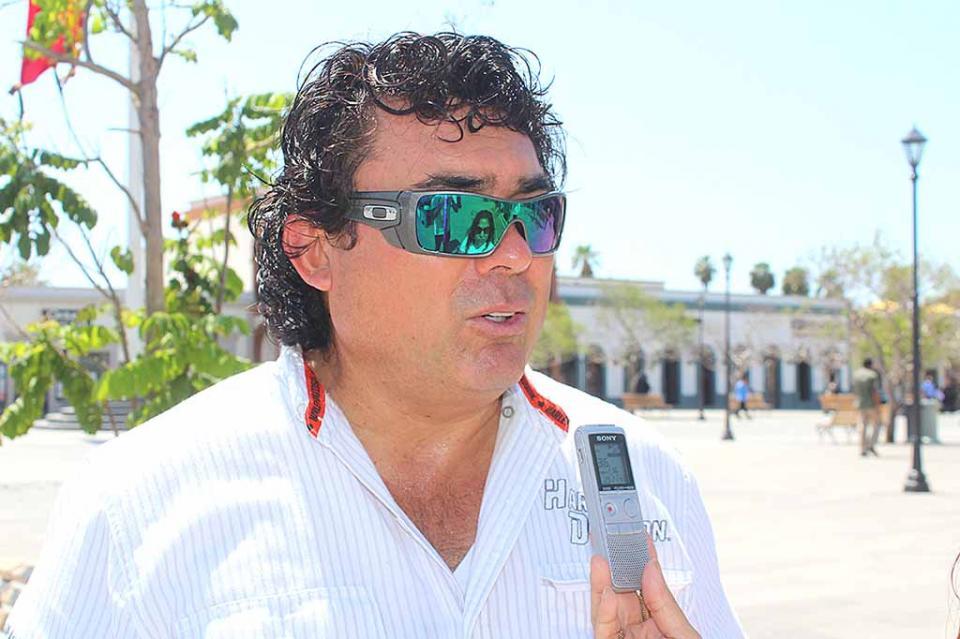 Sí es falsa la firma de Álvaro Ramírez, en licencia de construcción