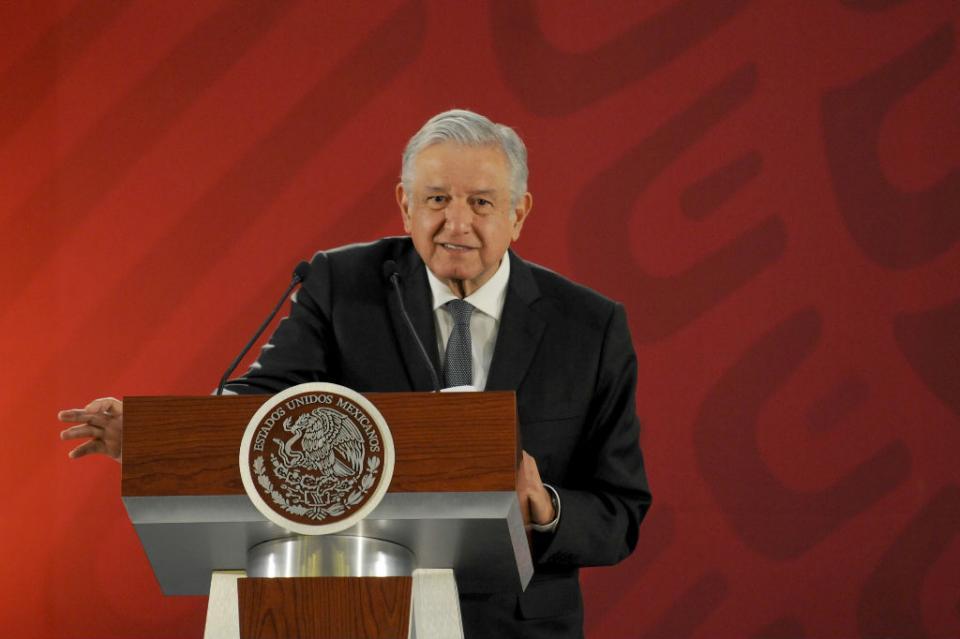 Vamos a superar esta crisis transitoria, asegura López Obrador