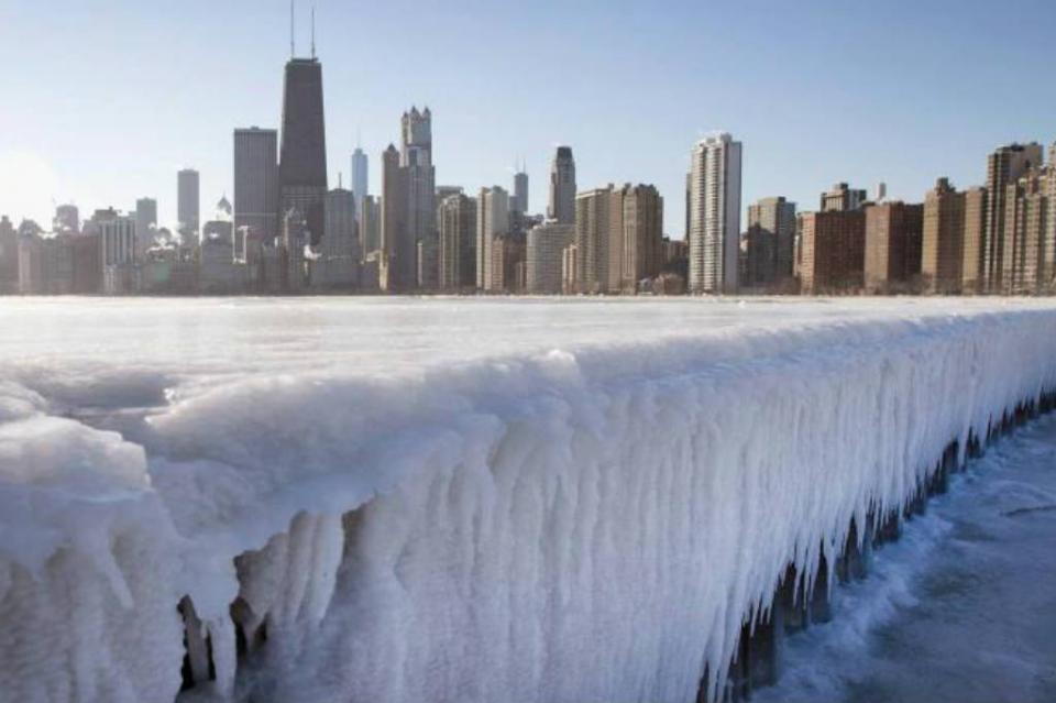 Chicago se congela con temperaturas de hasta menos 55 grados