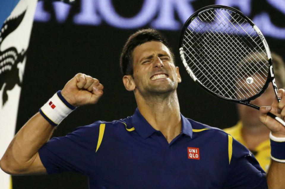 Novak Djokovic gana y va por su séptima corona en Abierto de Australia