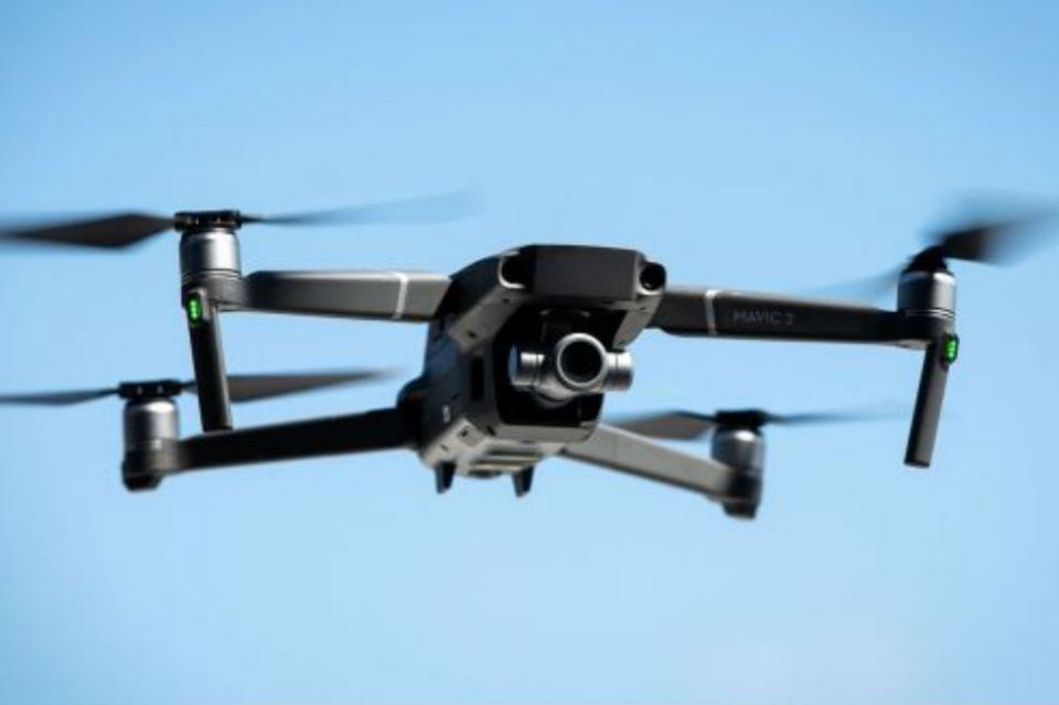 Ataque con dron contra la cúpula militar en Yemen deja seis muertos